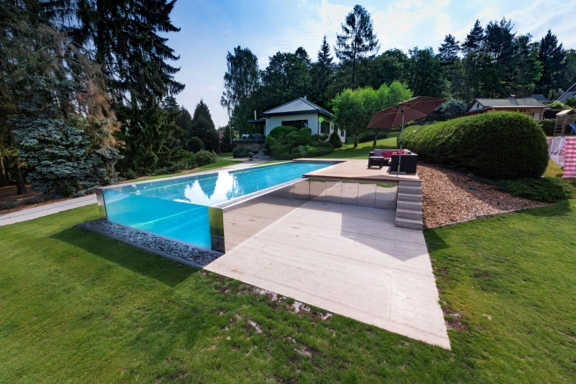 IMAGINOX STAINLESS-STEEL POOLS